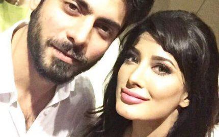 Fawad Khan Wins Best Cinematic Icon & Mehwish Hayat Wins Pakistan Icon Award