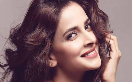 Saba Qamar Headed To Hollywood!