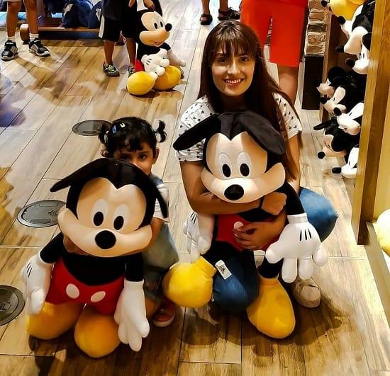 Ayeza And Danish Take Kids On A Magical Trip!