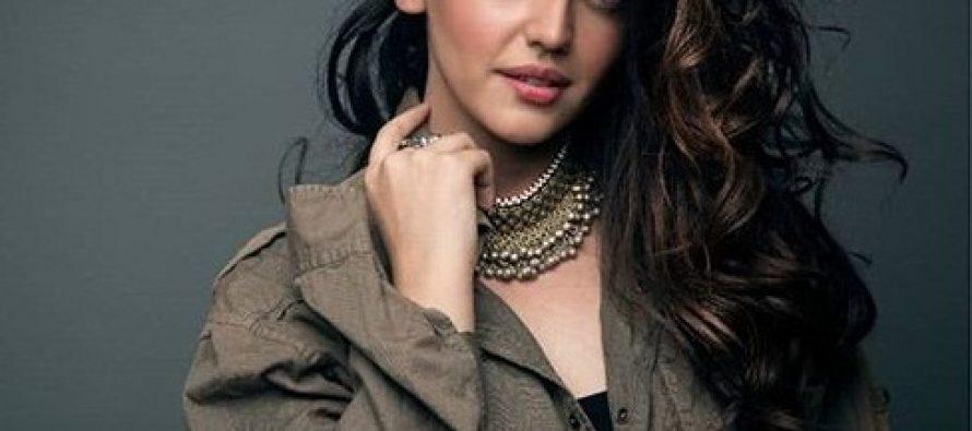 Zara Noor Abbas To Star In Karachi Se Lahore 3!