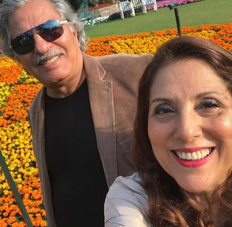 Arts-and-Entertainment-Lovely-Click-Of-Samina-Peerzada-and-Usman-Peerzada-15949