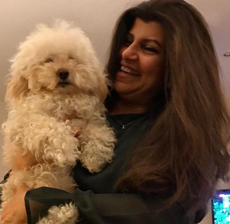 Arts-and-Entertainment-Rubina-Ashraf-With-Her-Pet-Dog-14263