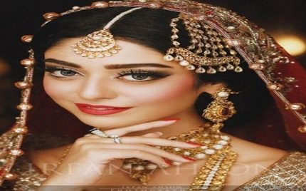 Noor Khan's Beautiful Bridal Photo Shoot