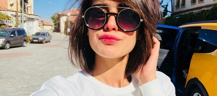 Iqra Aziz Looks Beautiful Enjoying Time In Turkey!