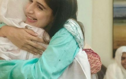 Mawra Hocane Spends Birthday At An Old Age Home