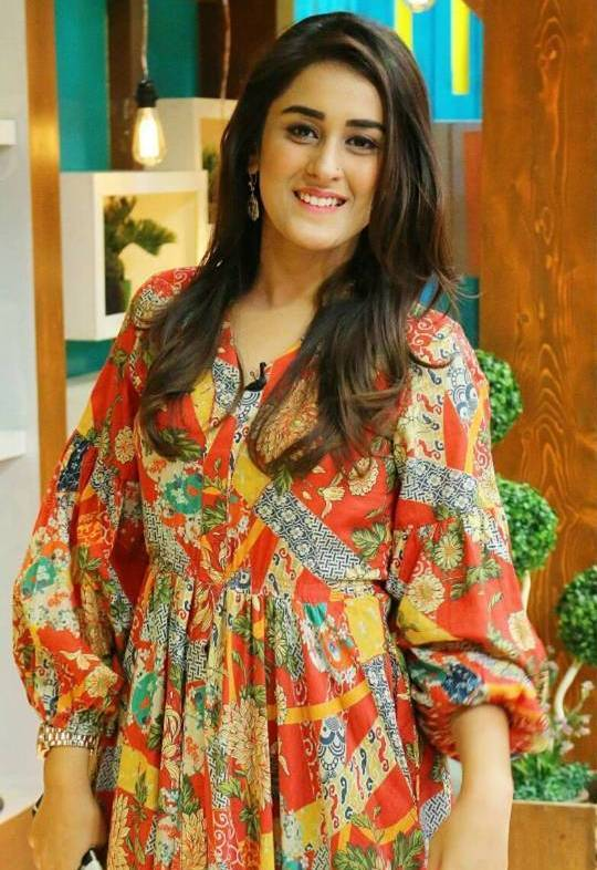Shehzeen Rahat Height Weight Age