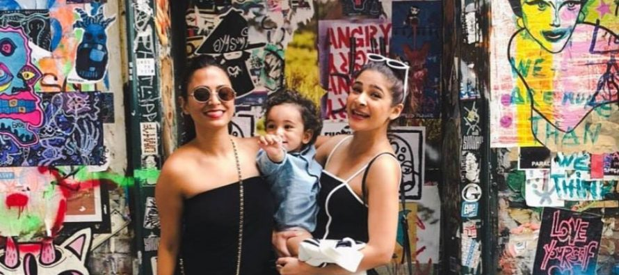 Ayesha Omer With Family
