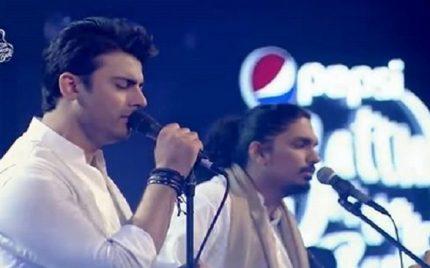 Fawad Khan's Singing Performance – Must-Watch