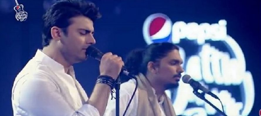 Fawad Khan's Singing Performance – Must-Watch