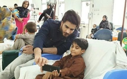 Imran Abbas Spends Time With Cancer Patients