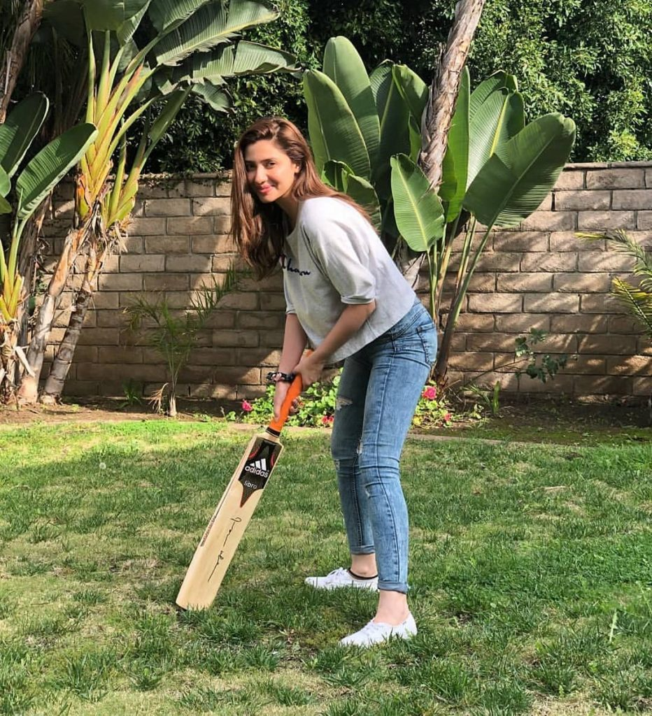 Mahira Khan In LA For Shaukat Khanum Fund Raiser