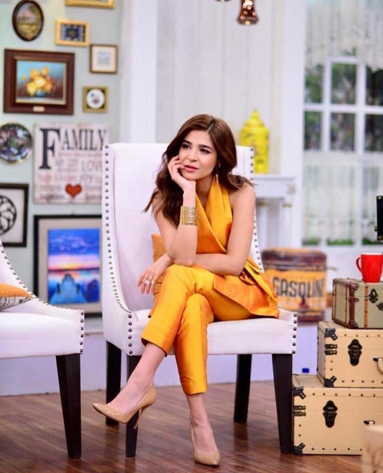 Ayesha Omar's Emotional Conversation About Her Father's Death