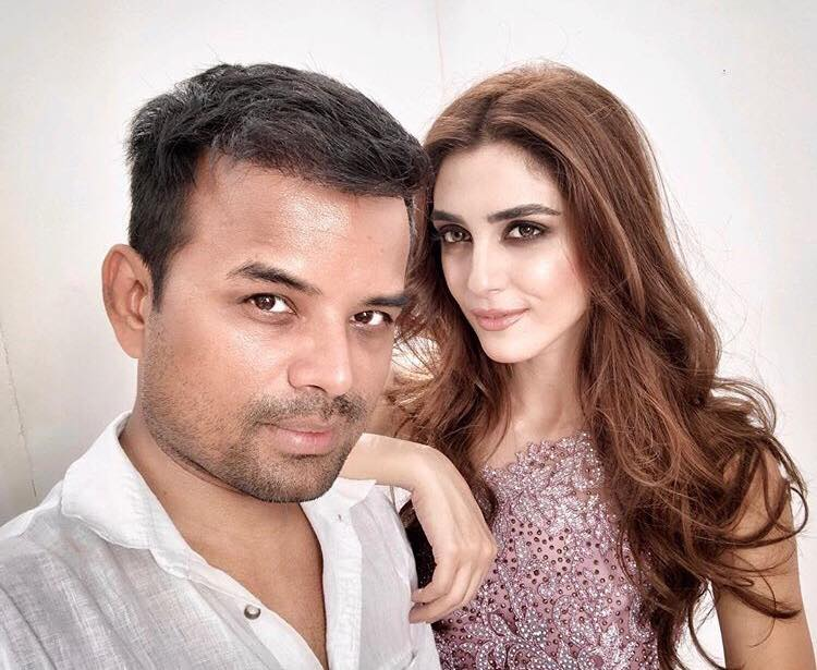 Cute and Candid Pictures Of Maya Ali With Her Make-up Artist