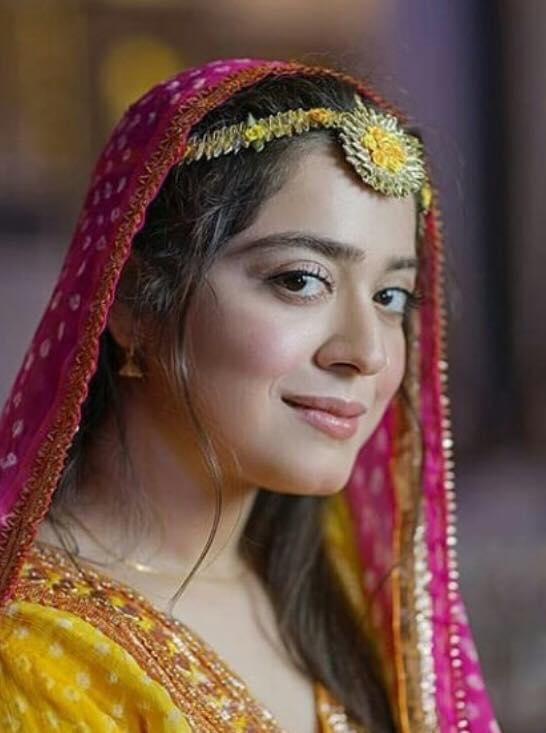 Why Did Sara Razi Get Married So Early