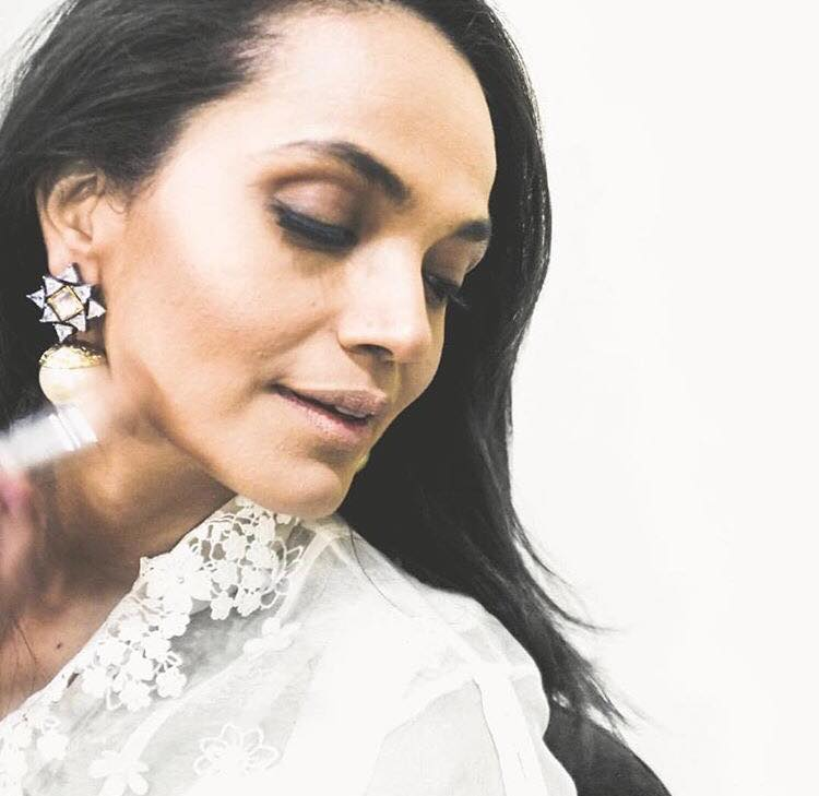 Aamina Sheikh Shares How Her Big Forehead Was Mocked