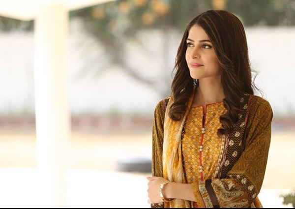 Arij Fatyma's Pictures From The Sets Of Her Upcoming Serial
