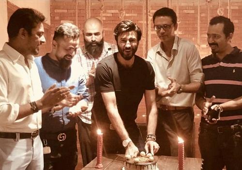 Aijaz Aslam Celebrates Birthday With Friends