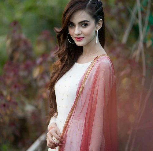 Miss Veet Winner Komal Meer's Shoot