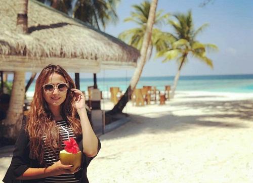 Zarnish Khan Vacaying In Maldives