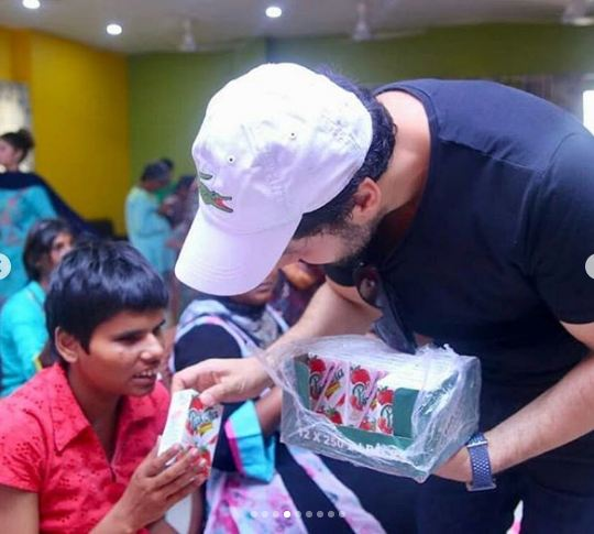Ahsan Khan Celebrated His Birthday With Special Children