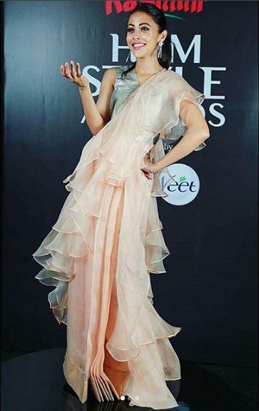 Ainy Jaffri Rehman Stuns In A Pure Desi Look