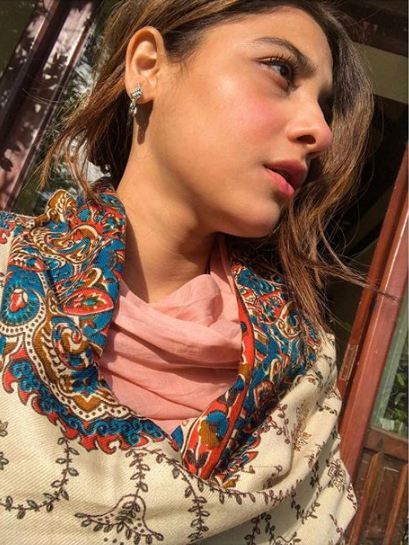 Hina Altaf's Videos And Pictures From Murree