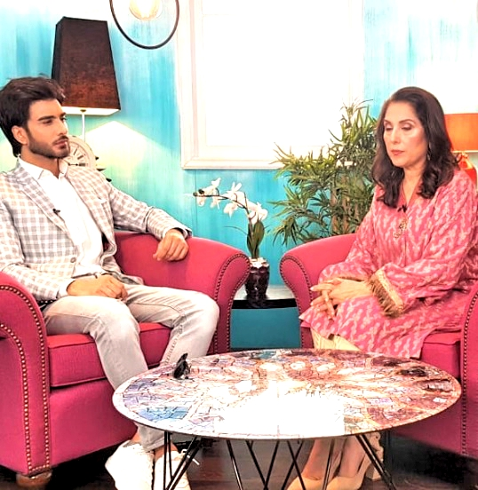 Imran Abbas Gets Emotional During Interview With Samina Peerzada