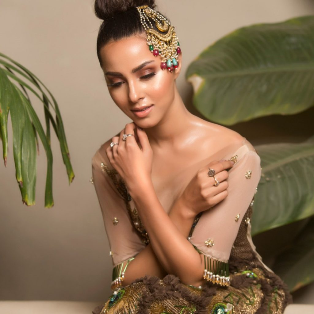 Nimra Khan Will Make You Fall In Love With Her In This Photo Shoot