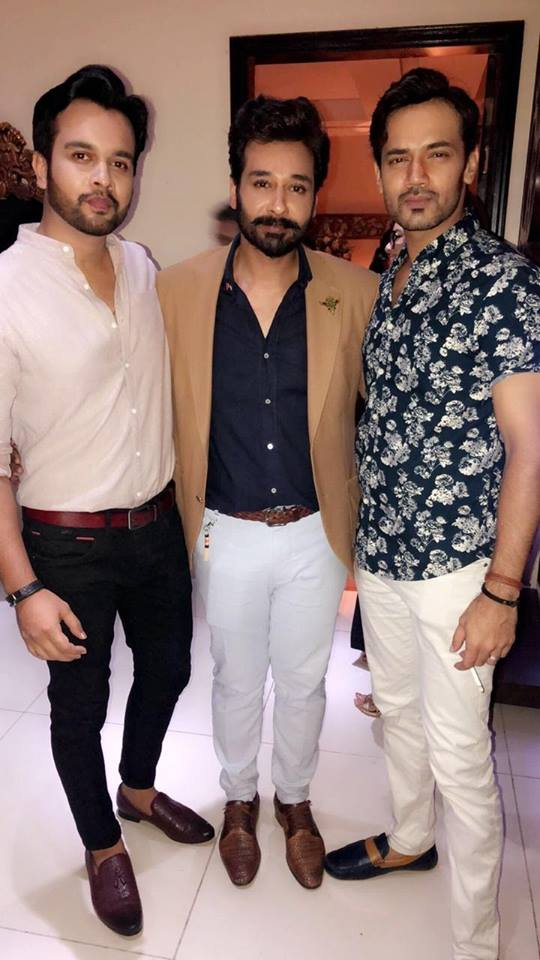 Celebrities At Nauman Masood's Wedding Anniversary