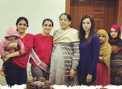 Iqra Aziz Gets A Pre-Birthday Surprise
