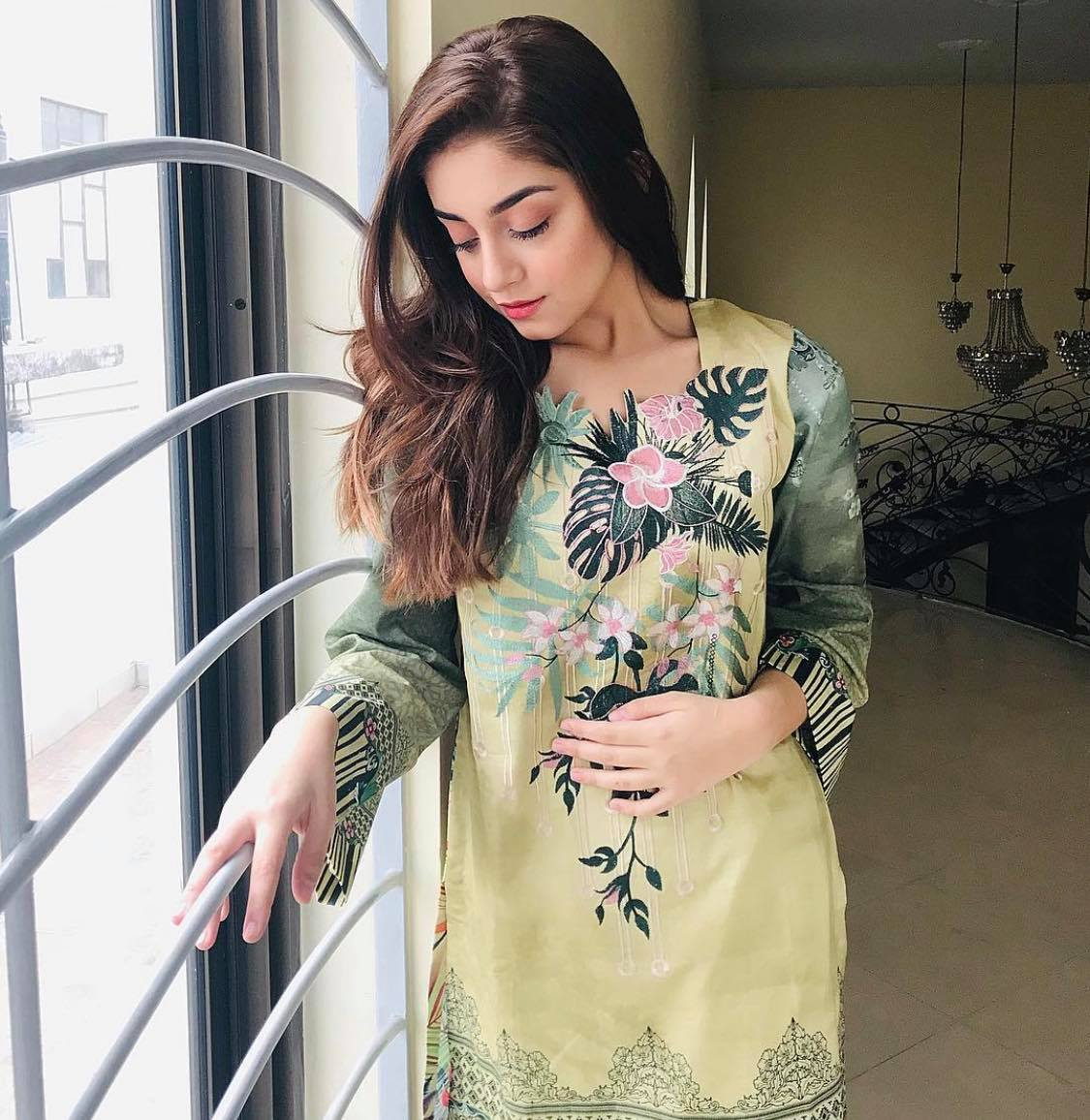 Alizeh Shah -Age, Husband, Sister and Family