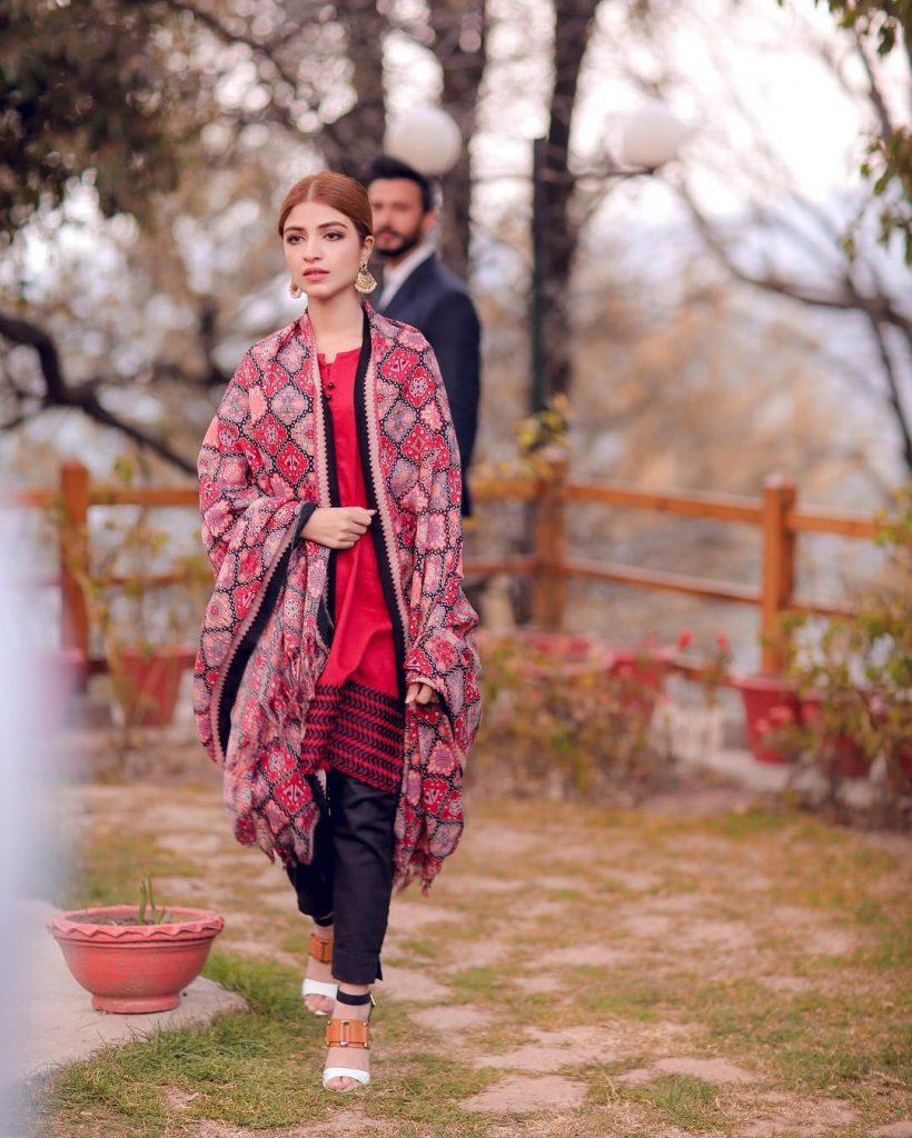 Kinza Hashmi Shooting For Ishq Hai Tu In Muree