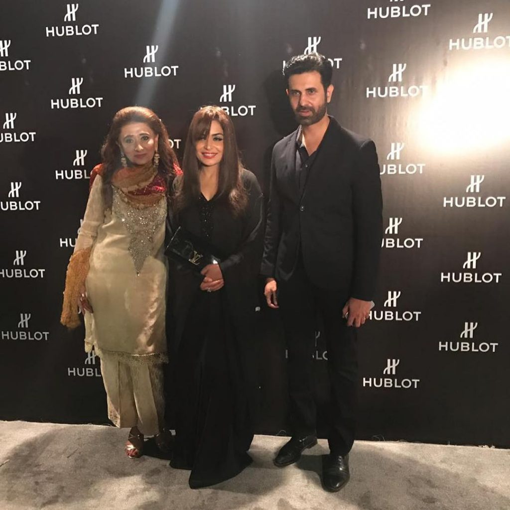 Meera Jee Spotted In Black At An Event