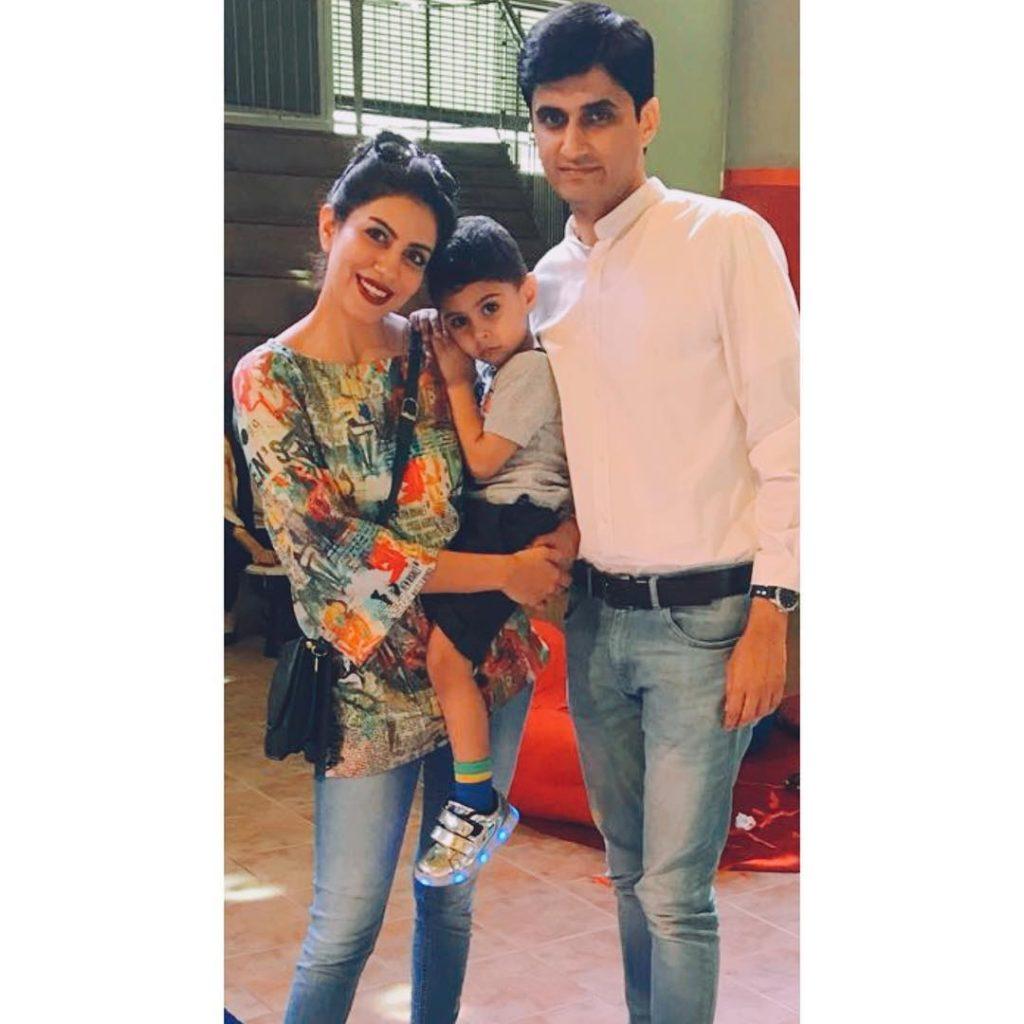 Saba Faisal's Daughter Sadia Faisal With Husband And Her Son