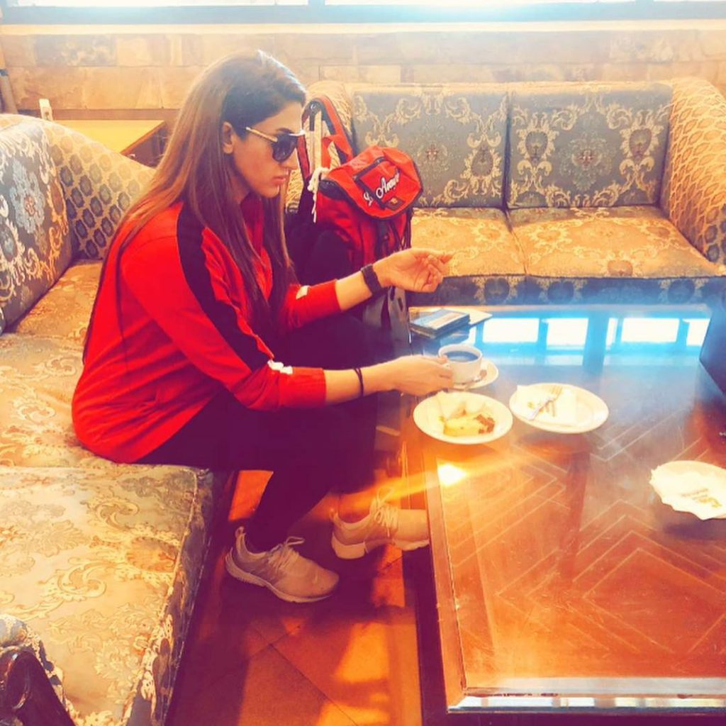 Sana Fakhar Is Vacaying In London