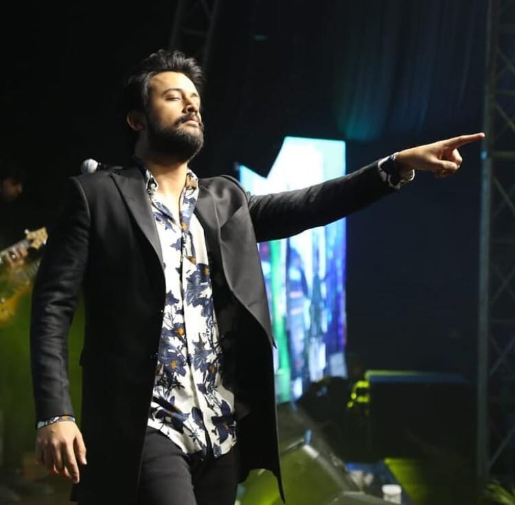 """""""You Have To Die To Become A Legend In This Country"""" - Atif Aslam"""