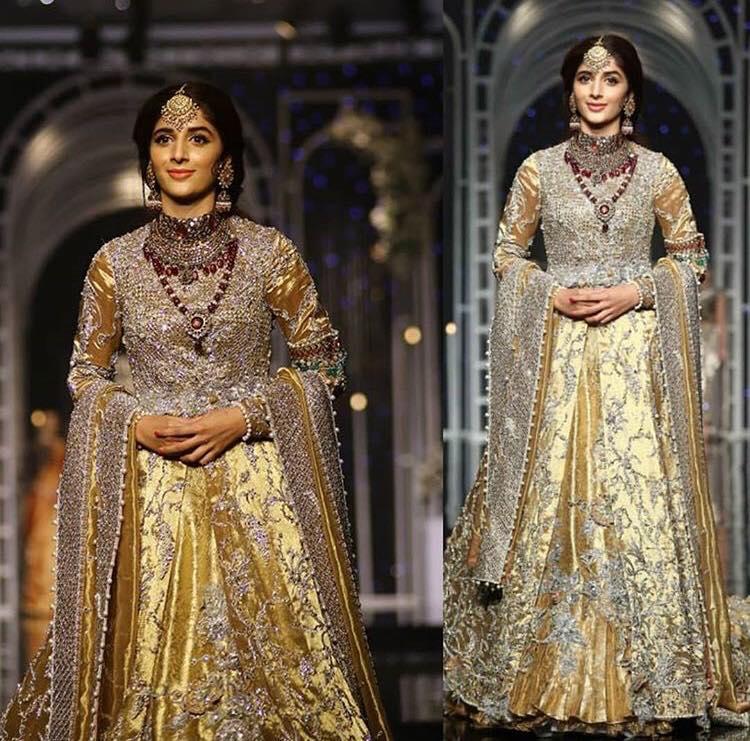 Mawra Hocane Showstopper At The Bridal Couture Week