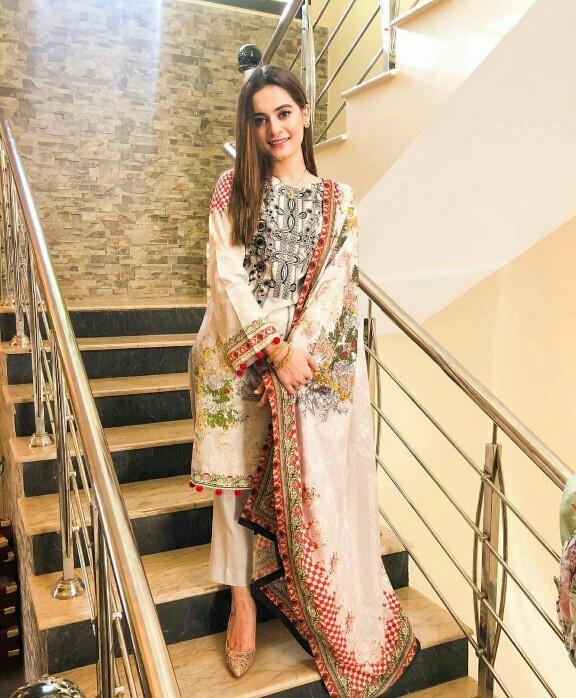 Newly Wed Aiman Khan Is Glowing