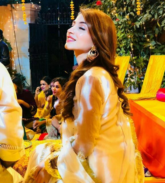 Kinza Hashmi And Saboor Aly At A Wedding