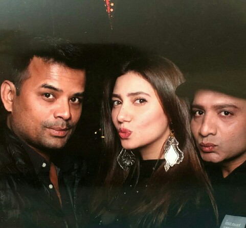 Mahira Khan Is Celebrating Her Birthday With Close Friends