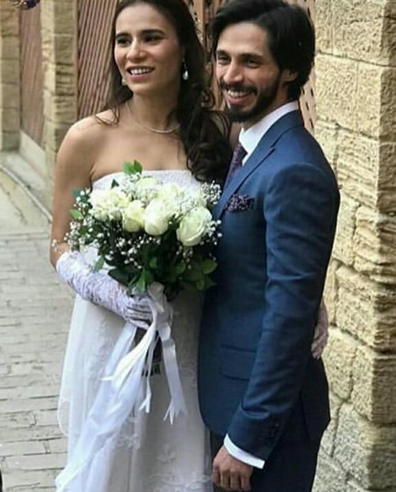 Singer Zoe Viccaji Got Married
