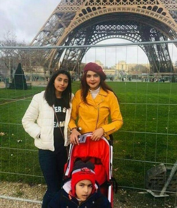 Nida Yasir Is Holidaying With Kids In France