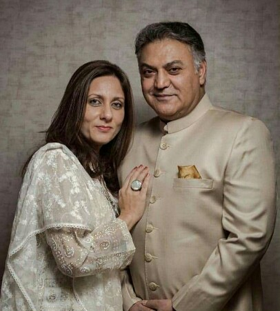 Asif Raza Mir And Wife Celebrate 27 Years Together | Reviewit pk