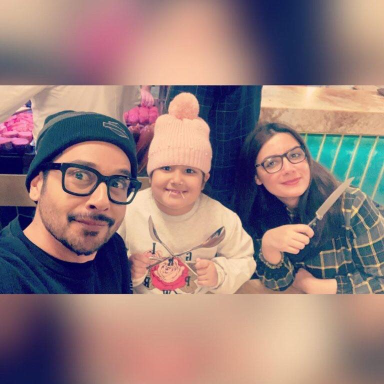 Faysal Qureshi Enjoying Holidays With His Wife and Daughter