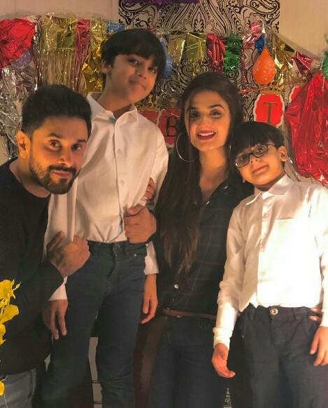 Hira And Mani Celebrate Son's Birthday