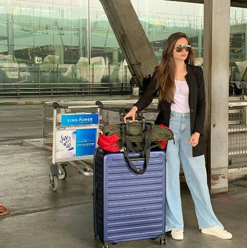 Sana Javed Vacationing In Thailand