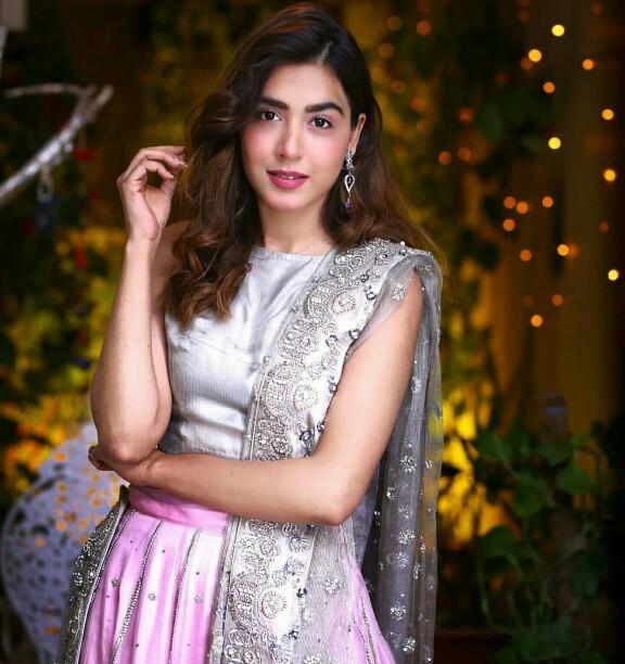 Mansha Pasha Is Style Goals This Wedding Season
