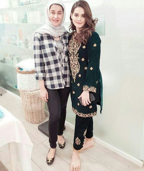 Shaista Lodhi With Celeb Clients At Her Clinic