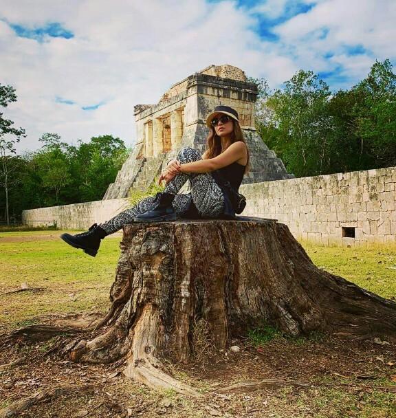 Ayesha Omar Is Vacaying In Mexico