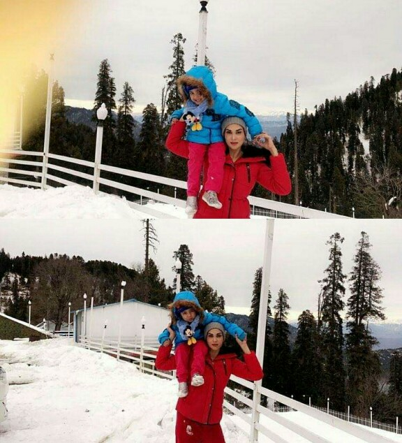 Fiza Ali Is Enjoying Winter With Her Cute Daughter
